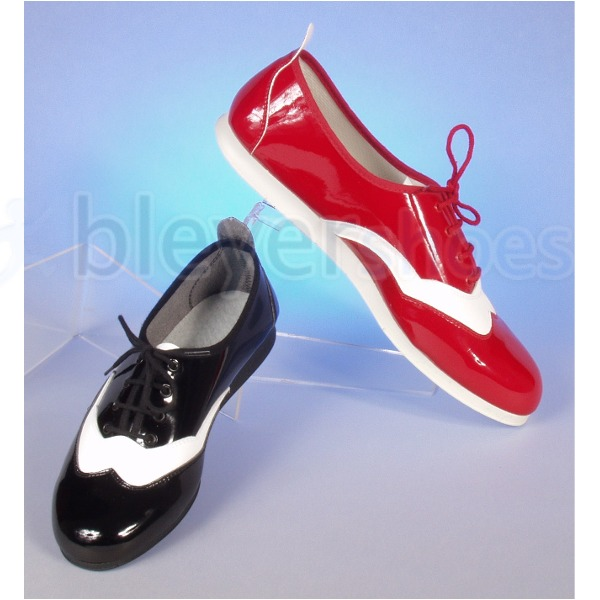 BS7130-L Bleyer Boogie Woogie with patent finish in black & white and red & white